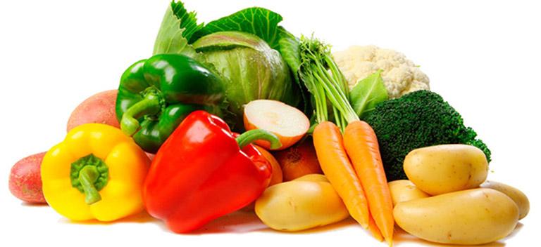 Tăng cường bổ sung rau xanh và trái cây tươi vào chế độ ăn uống hàng ngày