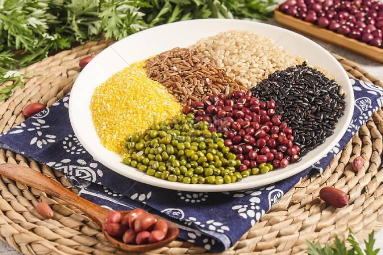Bổ sung ngũ cốc vào chế độ ăn uống hàng ngày để hỗ trợ điều trị viêm da cơ địa