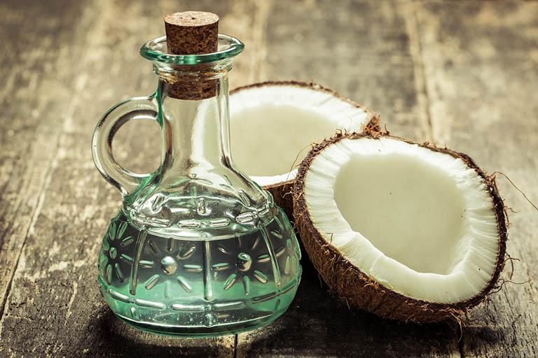 Cách chữa vảy nến toàn thân bằng dầu dừa nguyên chất