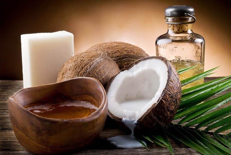 Cách dùng dầu dừa điều trị bệnh vảy nến tại nhà đơn giản