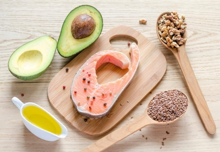 Thực phẩm chứa Omega 3 tốt cho người viêm da cơ địa.