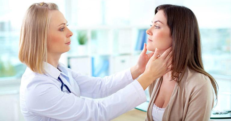 viêm da tiếp xúc kích ứng là gì