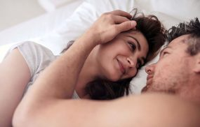 Quan hệ tình dục thường xuyên là cách làm quy đầu bớt nhạy cảm