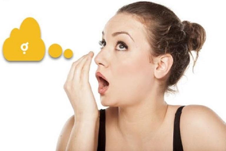 Ợ hơi khiến người bệnh khó chịu và nóng rát vùng thượng vị