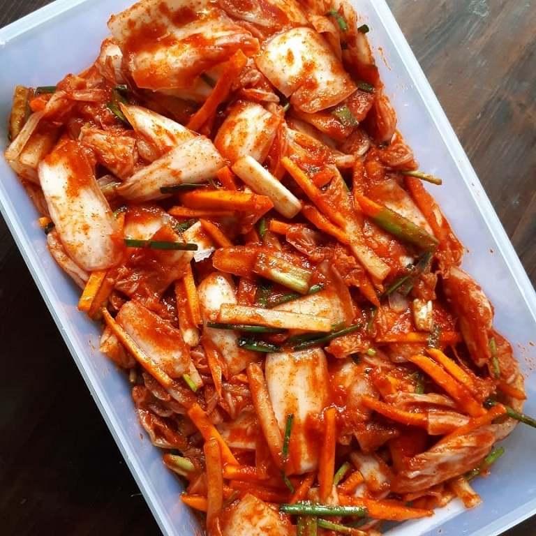 Kiêng đồ ăn chua cay là cách làm giảm axit dạ dày hiệu quả