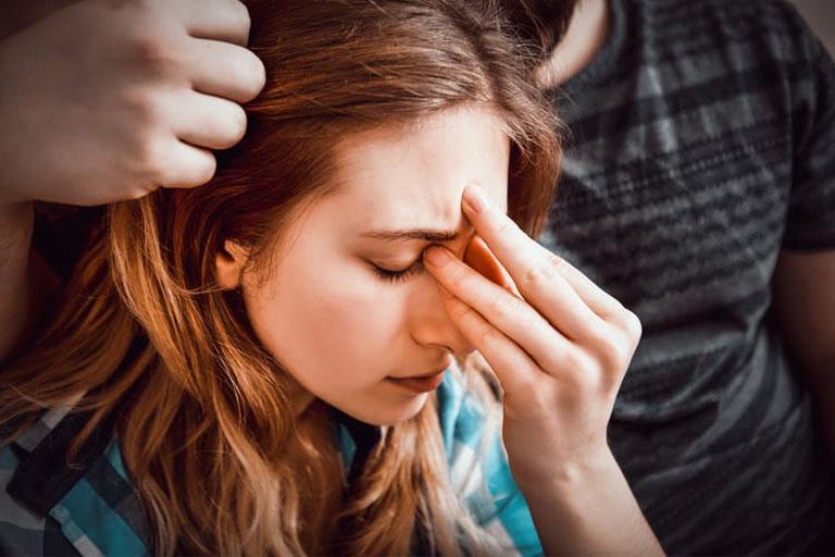Chấn thương vùng mũi là một trong những yếu tố làm gia tăng nguy cơ mắc bệnh viêm xoang mũi