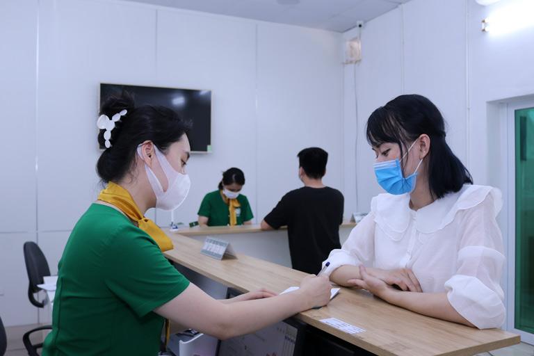 Người bệnh nên đến thăm khám tại Quân Dân 102 để được sử dụng bài thuốc Hoàn Bì Nam