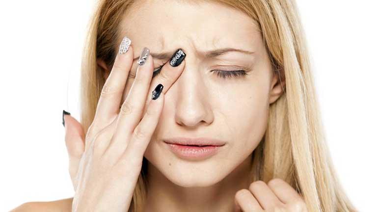 Viêm xoang mãn tính khiến người bệnh phải đối mặt với các triệu chứng đau nhức rất khó chịu