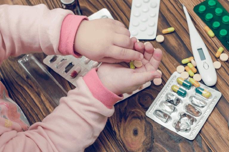 Điều trị bệnh viêm xoang ở trẻ em theo đơn kê của bác sĩ chuyên khoa