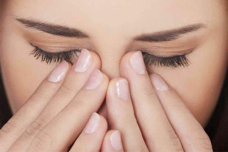 Viêm xoang khi tiến triển sang giai đoạn nặng sẽ ảnh hưởng đến các cơ quan xung quanh, điển hình là hốc mắt