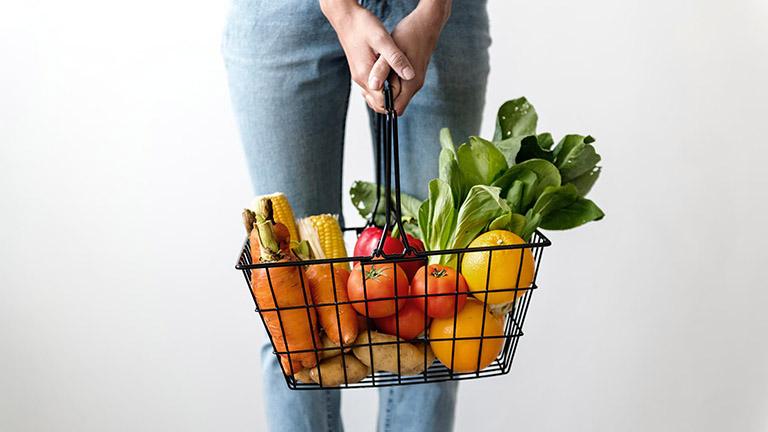 Xây dựng chế độ ăn uống khoa học để nâng cao sức khỏe và giữ trọng lượng cơ thể ở mức ổn định