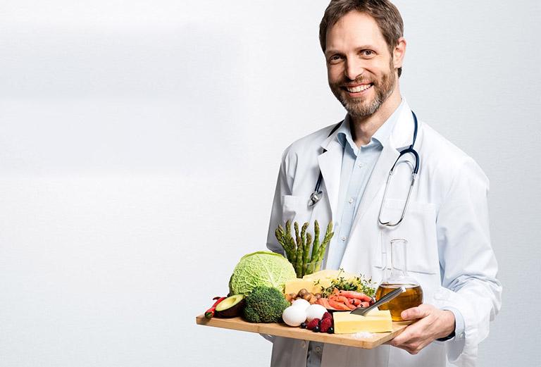 Viêm khớp dạng thấp nên ăn gì, kiêng gì là vấn đề mà người bệnh cần hết sức lưu ý nếu không mong muốn bệnh trở nặng và cơn đau xuất hiện đột ngột