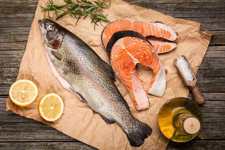Cá hồi rất tốt cho sức khỏe của người bị viêm khớp dạng thấp