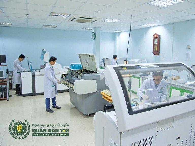 CTCP Bệnh viện Quân dân 102 ứng dụng máy móc, trang thiết bị hiện đại trong chẩn đoán, kiểm chứng hiệu quả điều trị bệnh
