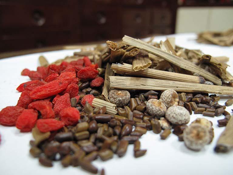 Các bài thuốc Đông y chữa viêm đại tràng
