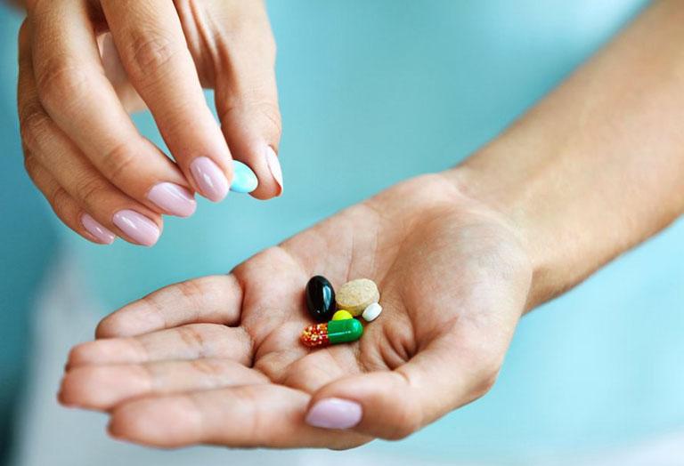 Cải thiện nhanh chóng các triệu chứng của bệnh bằng thuốc Tây y theo đơn kê