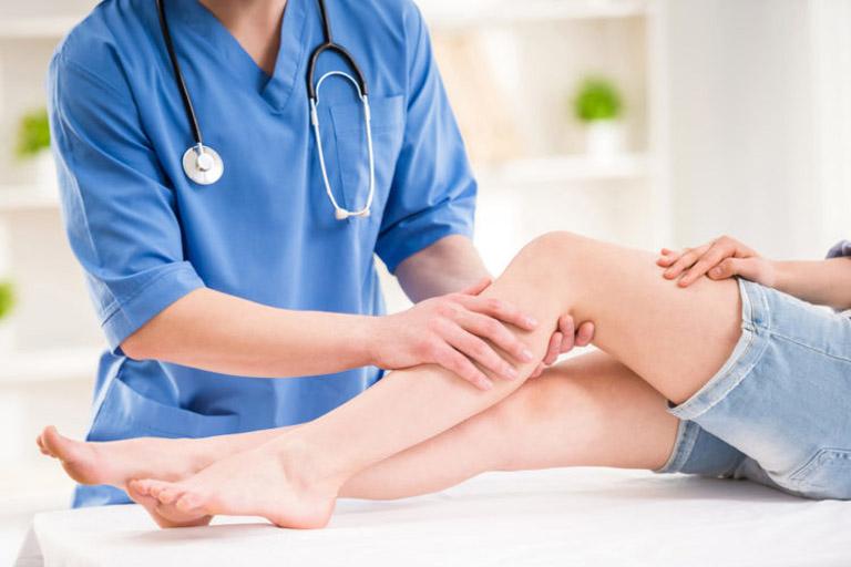 Tiến hành thăm khám chuyên khoa ngay khi thấy có xuất hiện triệu chứng bất thường đi kèm