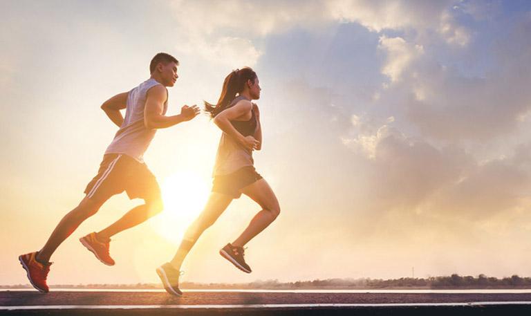 Tập thể thao là cách giúp nâng cao sức đề kháng và phòng ngừa các bệnh lý viêm nhiễm