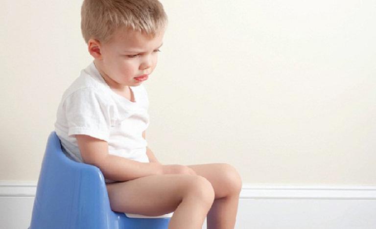 triệu chứng viêm đại tràng ở trẻ em