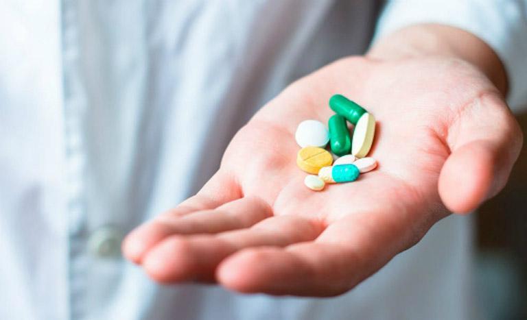 Chữa viêm họng bằng thuốc Tây y giúp giảm nhanh các triệu chứng khó chịu do bệnh gây ra