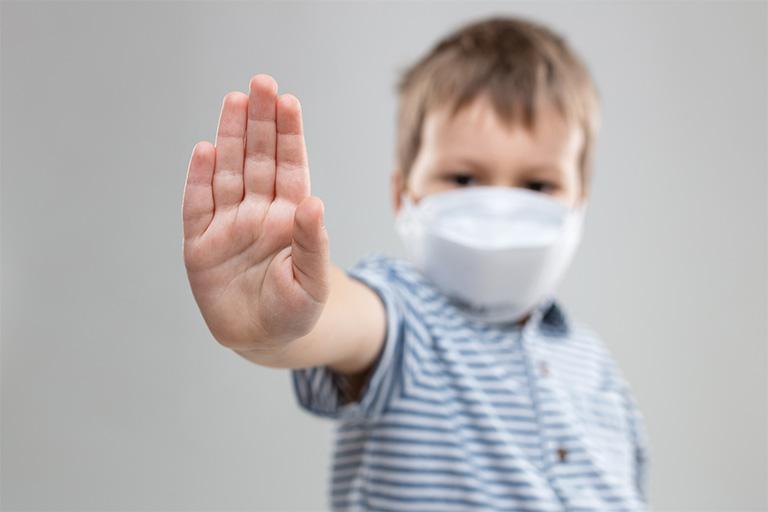 dùng lá hẹ chữa viêm họng cần lưu ý gì