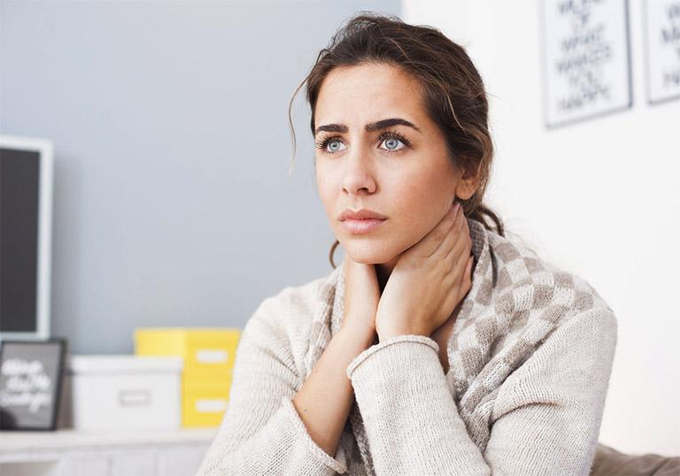 triệu chứng của bệnh viêm họng