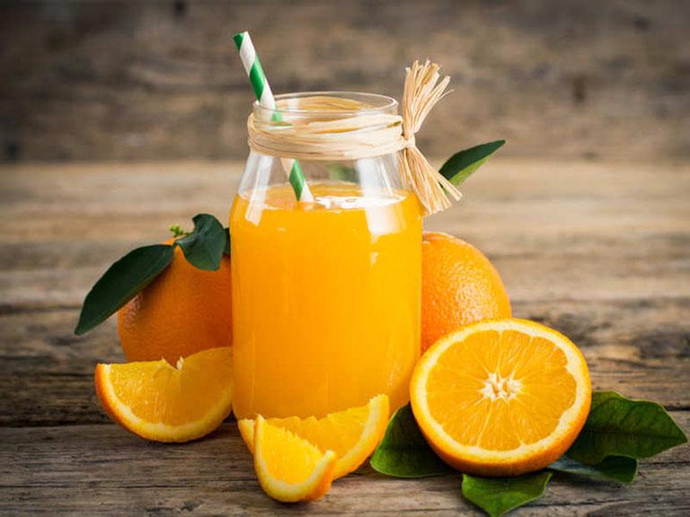 Nước cam tươi không chỉ là loại đồ uống bổ dưỡng mà còn được ví như vị thuốc thiên nhiên giúp nâng cao sức khỏe và phòng chống bệnh tật