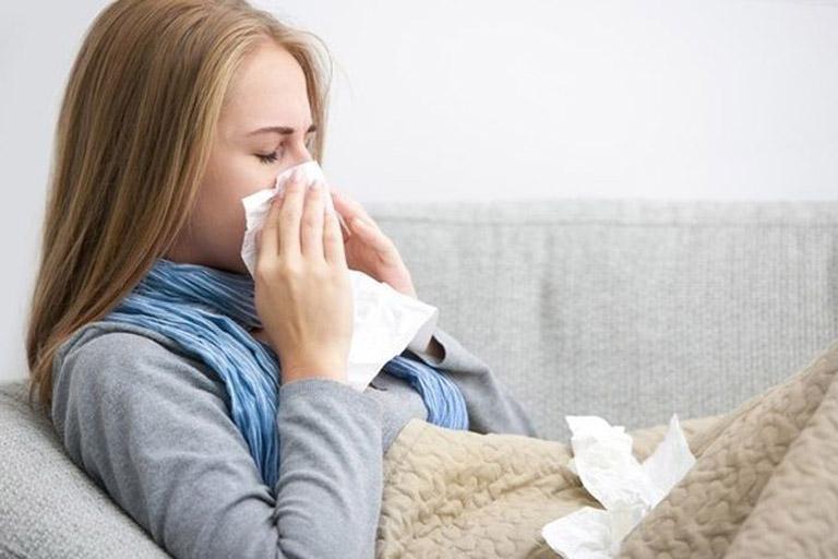 Sức đề kháng của cơ thể suy giảm mạnh mẽ khi mang thai nên thai phụ rất dễ mắc các bệnh lý viêm nhiễm tại đường hô hấp