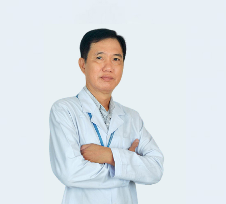 Bác sĩ Cao Văn Vui - Giám đốc Phòng khám YHCT Quân Dân 102 Hồ Chí Minh