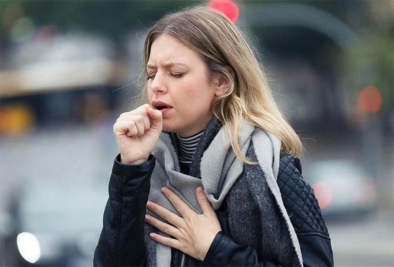 Ho là một triệu chứng bệnh lý liên quan đến đường hô hấp bị nhiễm trùng, có thể gặp phải ở mọi lứa tuổi