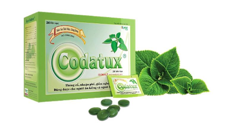 Kẹo ngậm Codatux hỗ trợ trị viêm họng được chiết xuất 100% từ các tinh dầu trong tự nhiên