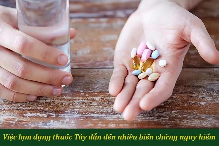 Việc lạm dụng thuốc Tây Y là một trong những sai lầm của bệnh nhân mề đay