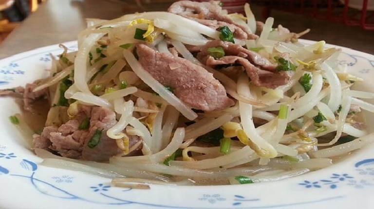 món ăn chữa yếu sinh lý từ thịt bò xào giá đỗ