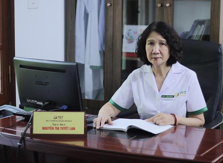 Bác sĩ Tuyết Lan đánh giá cao bài thuốc Nội tiết Đỗ Minh