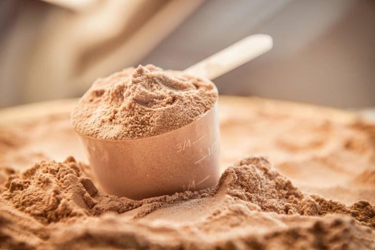 Người bệnh có thể uống bột quả sung để trị bệnh tại nhà giúp hỗ trợ cải thiện tình trạng bệnh