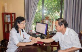 Bệnh nhân sỏi thận dùng thuốc tại Nhất Nam Y Viện