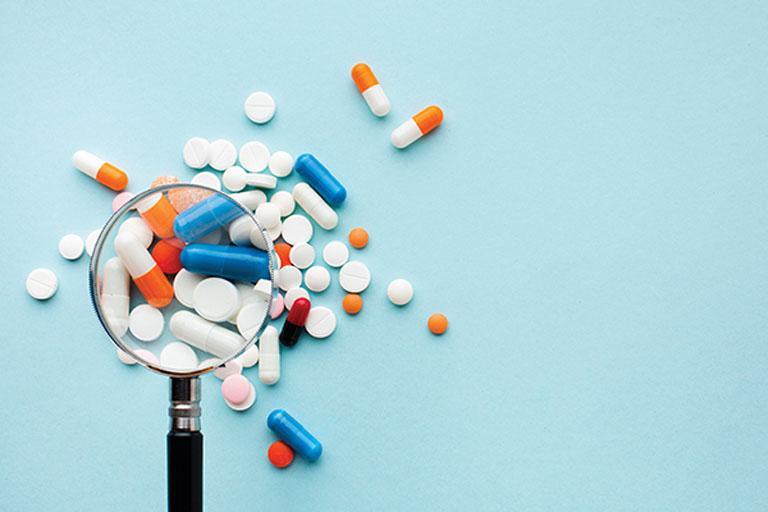 Uống thuốc Tây y giúp cải thiện nhanh chóng các triệu chứng khó chịu do bệnh gây ra