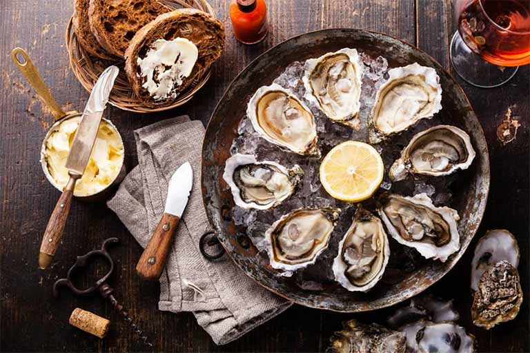 Hàu sống chấm mù tạt là món ăn đặc biệt tốt đối với sức khỏe sinh lý nam giới