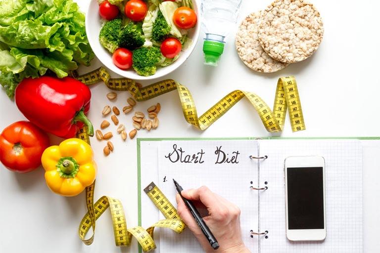 Viêm loét dạ dày không có vi khuẩn HP hoàn toàn có thể điều trị không dùng thuốc bằng cách xây dựng chế độ ăn uống phù hợp và điều chỉnh lối sống mỗi ngày
