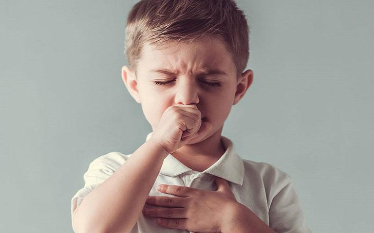 Trẻ bị ho khàn tiếng là hiện tượng thường gặp và không quá nguy hiểm đối với sức khỏe