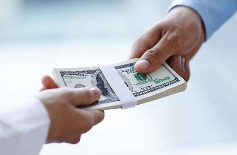 Chi phí thắt ống dẫn tinh dao động từ 1.000.000 - 2.000.000 đồng/ lần (chưa bao gồm chi phí khám ban đầu và những khoản phát sinh khác)
