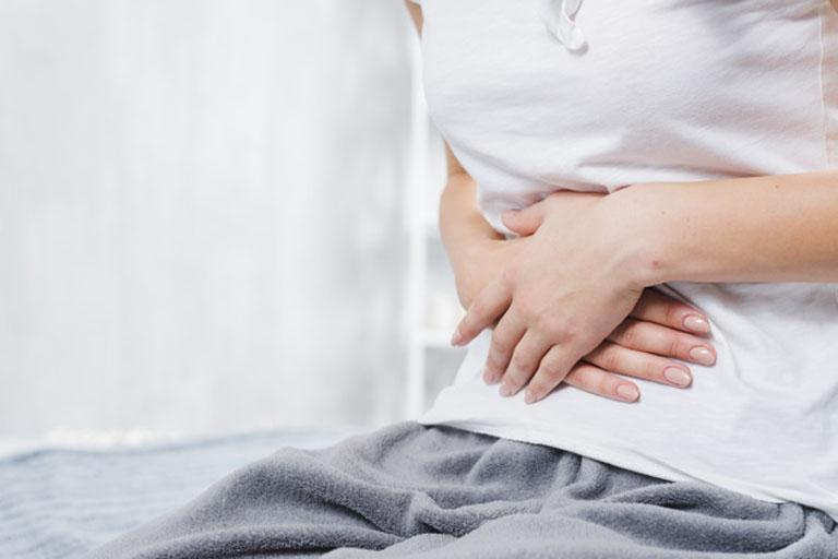 Viêm hang vị dạ dày trào ngược dịch mật khiến chức năng tiêu hóa bị ảnh hưởng, gây đầy bụng khó tiêu