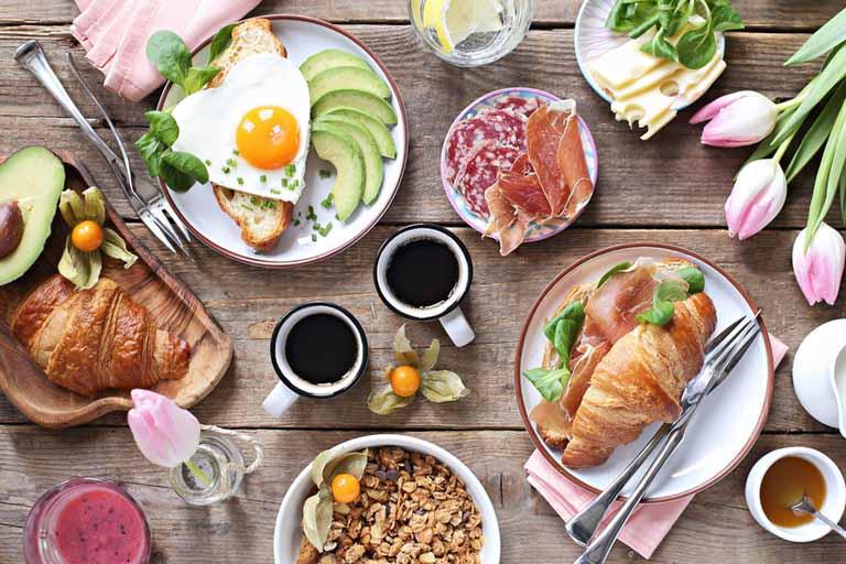 Hình thành thói quen ăn uống khoa học giúp tăng cường sức khỏe của xương khớp