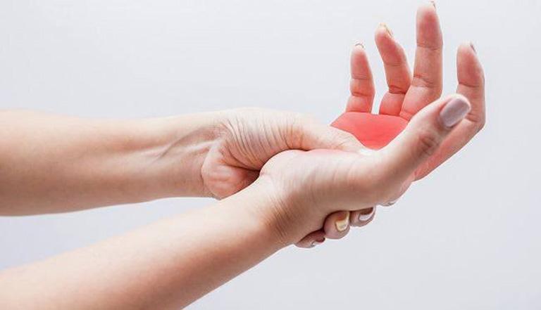 Phong thấp là cụm từ dân gian dùng để chỉ tình trạng đau nhức tại cơ xương khớp