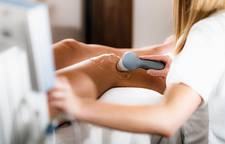 Thời gian điều trị khỏi tràn dịch khớp gối còn phụ thuộc vào mức dộ bệnh trạng và phương pháp điều trị
