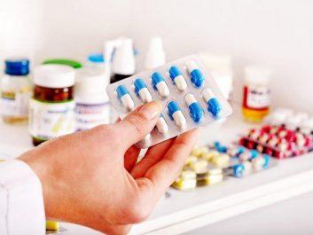 Khô khớp gối nên uống thuốc gì
