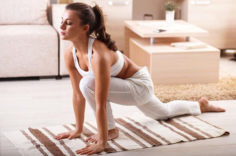 Tập luyện nhẹ nhàng giúp khớp gối hoạt động linh hoạt, ngăn ngừa cứng khốp xảy ra