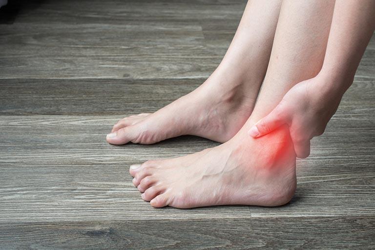 Tràn dịch khớp cổ chân là bệnh lý xương khớp không quá nguy hiểm và dễ kiểm soát