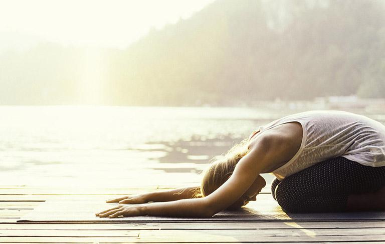 Chữa đau lưng tại nhà bằng các bài tập thể dục có độ an toàn cao và mang lại hiệu quả tốt