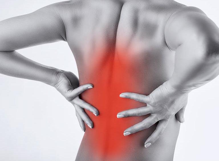 Đau lưng giữa là tình trạng xảy ra khá phổ biến và bất kỳ ai cũng có thể mắc phải